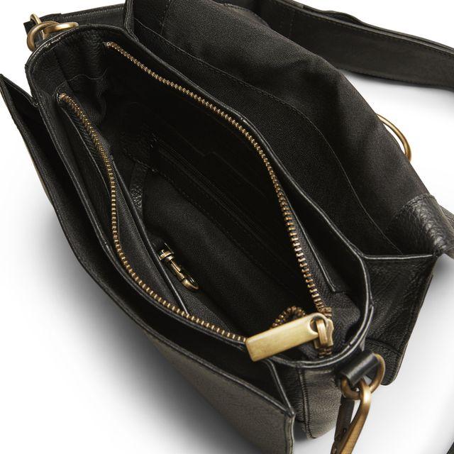 Rizzo Zoe Crossbody handväska i skinn