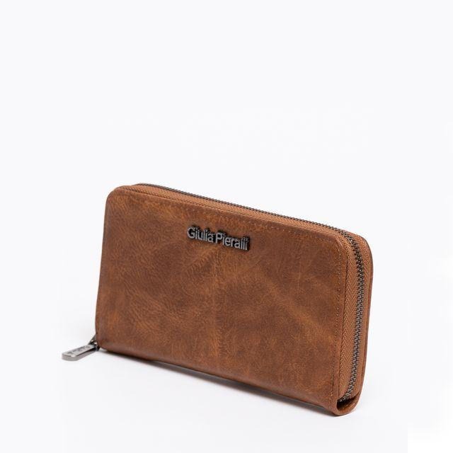 Giulia Pieralli stor plånbok