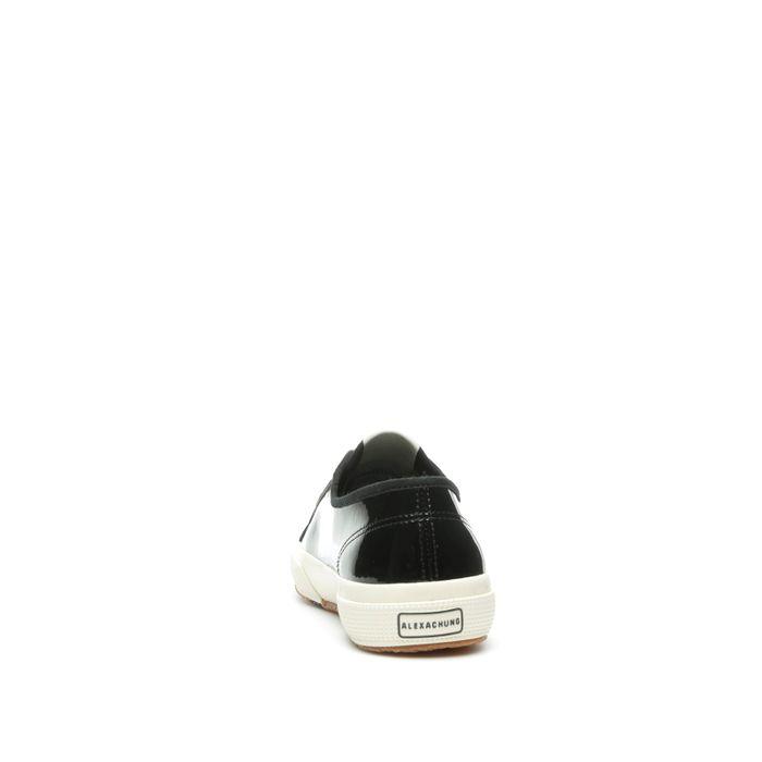 2750 SUPERGA X ALEXA CHUNG VARNISHW BLACK-OFF WHITE
