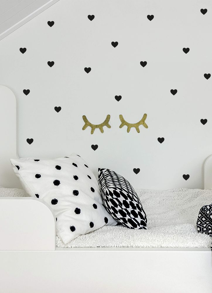 Svarta hjärtan väggdekor