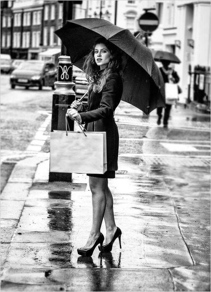 Tjej med paraply poster