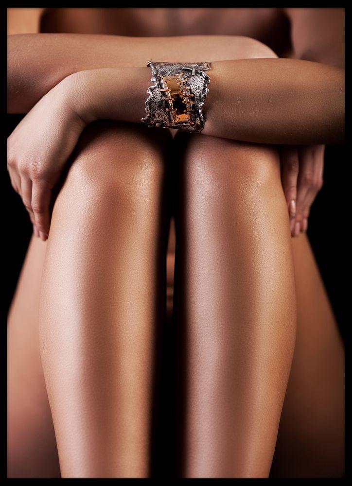 Kvinna med armband poster