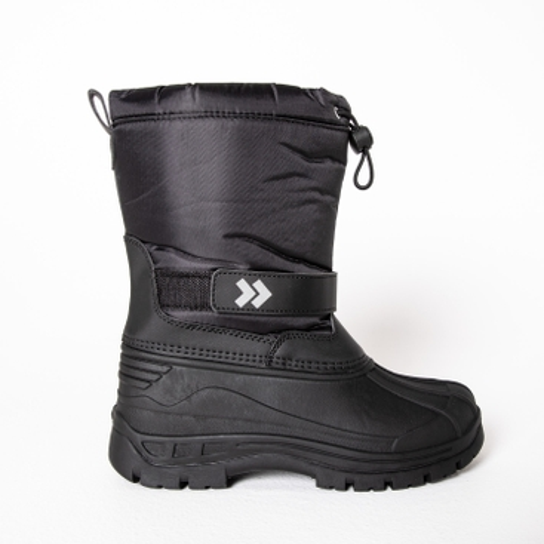 Winter boots/ A Shoe shoe