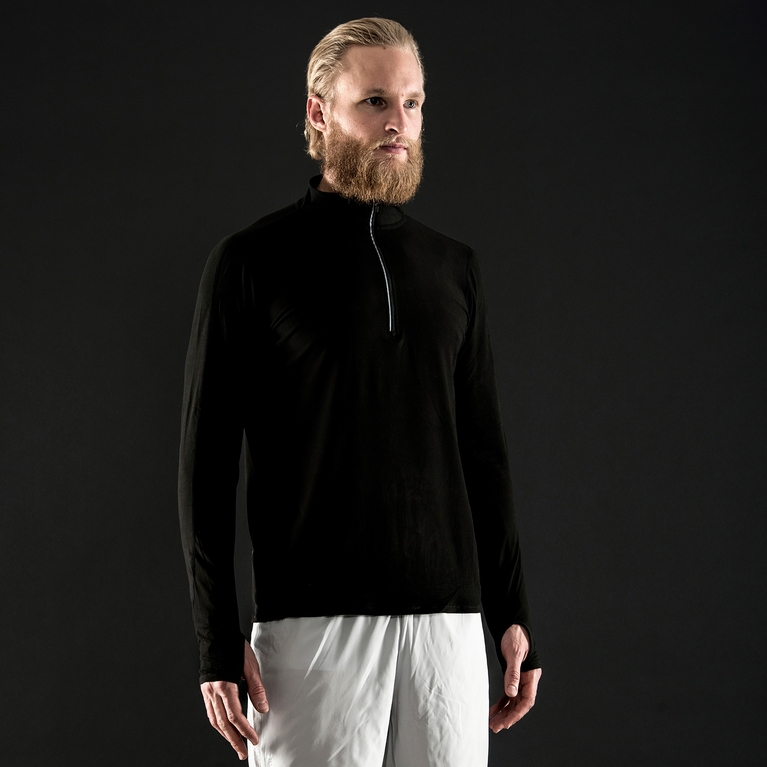Trins / M Sweater Sweater