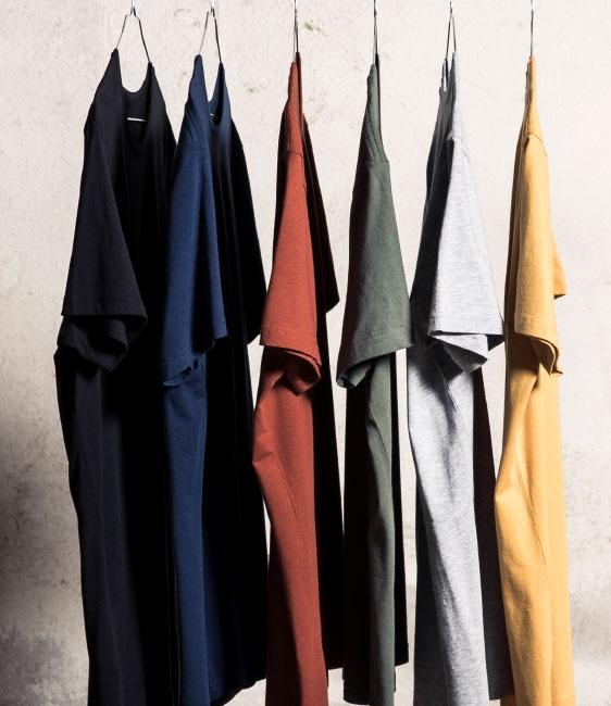 T-shirts i flera färger