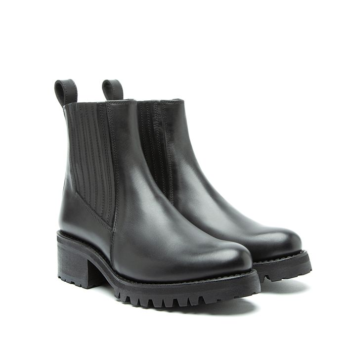 Milton Cow Leather Black