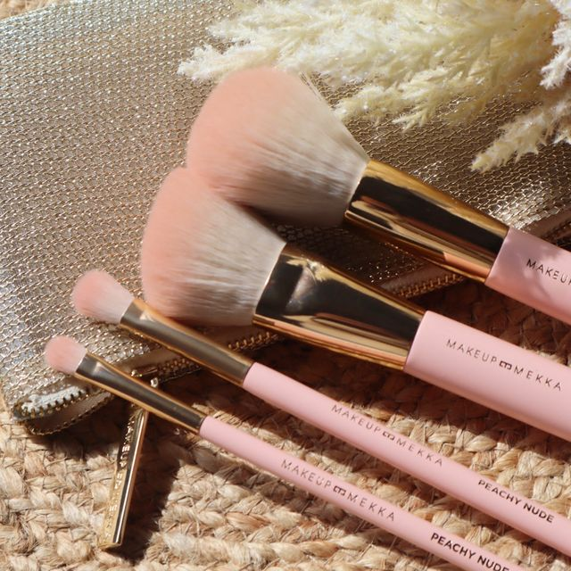 Peachy Nude brush set and pouch