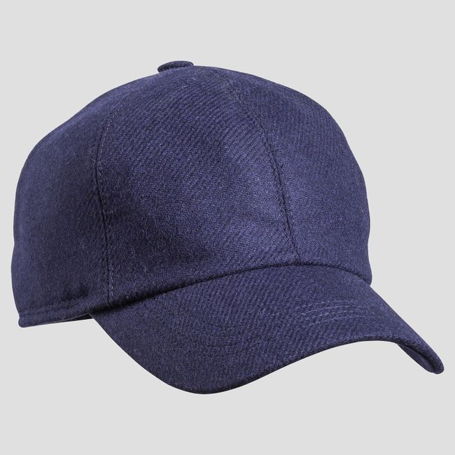 Cap with ear flaps