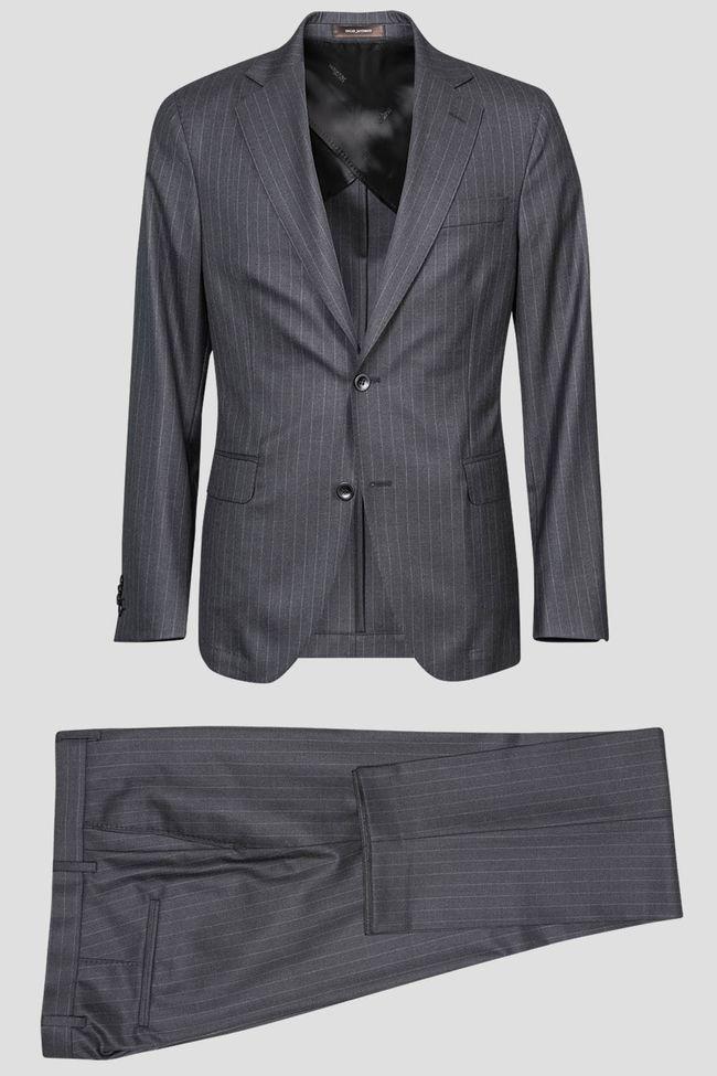 Egel kritstrecksrandig kostym