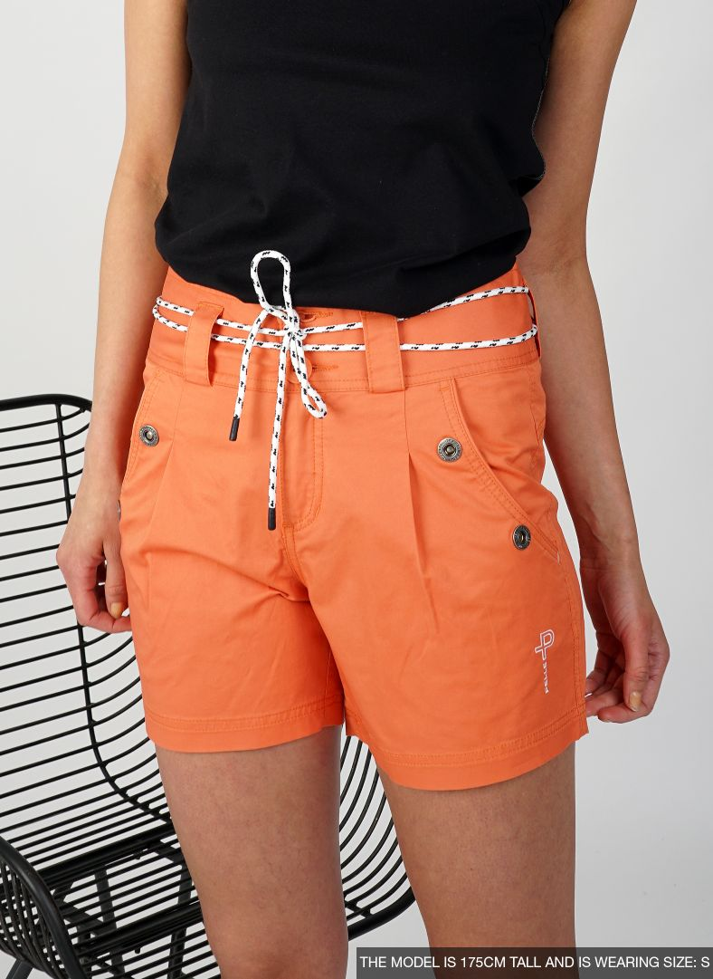 W Crew Classic Shorts