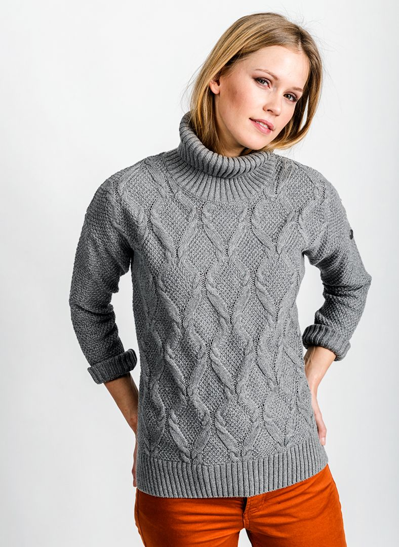 W Cabane Roll Neck