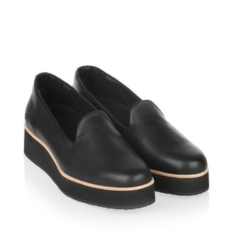 Gram 242g loafers i skinn