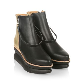Gram 503g Black Leather Gold boots