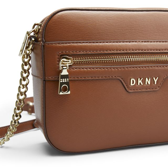 DKNY Polly Camera Bag Sutton axelremsväska