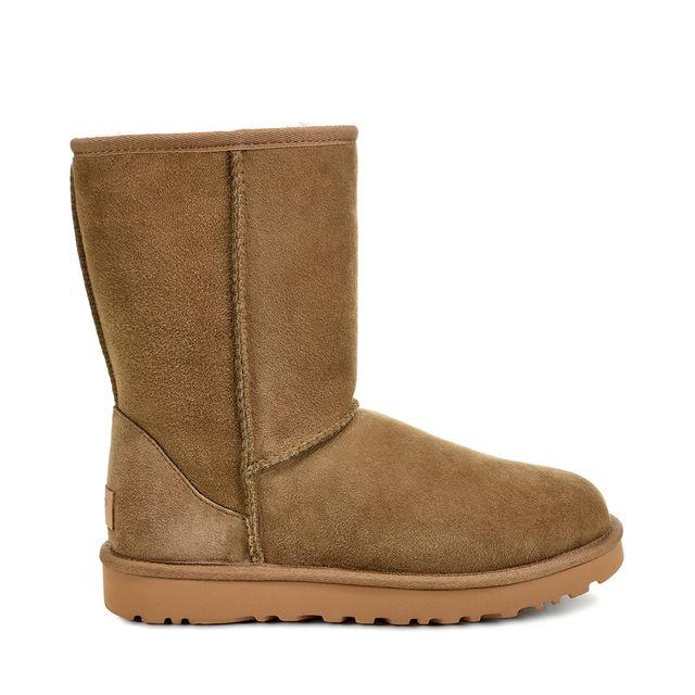 UGG Classic Short boots i fårskinn