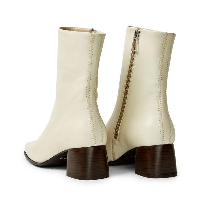Filippa K Eileen Boots i skinn