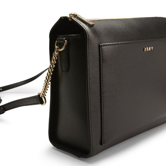 DKNY Bryant Medium Box Crossbody handväska