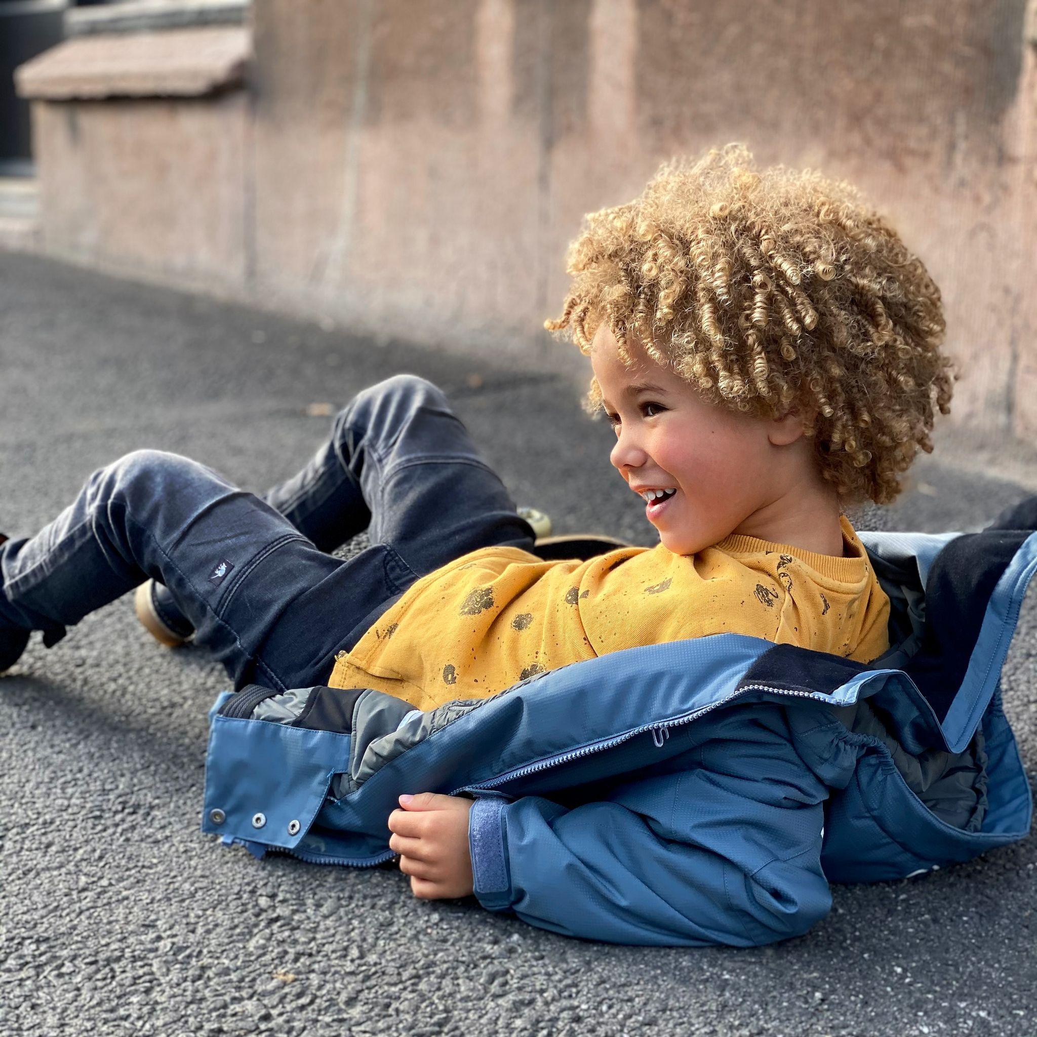 Barn i orange Gneis vinteroverall