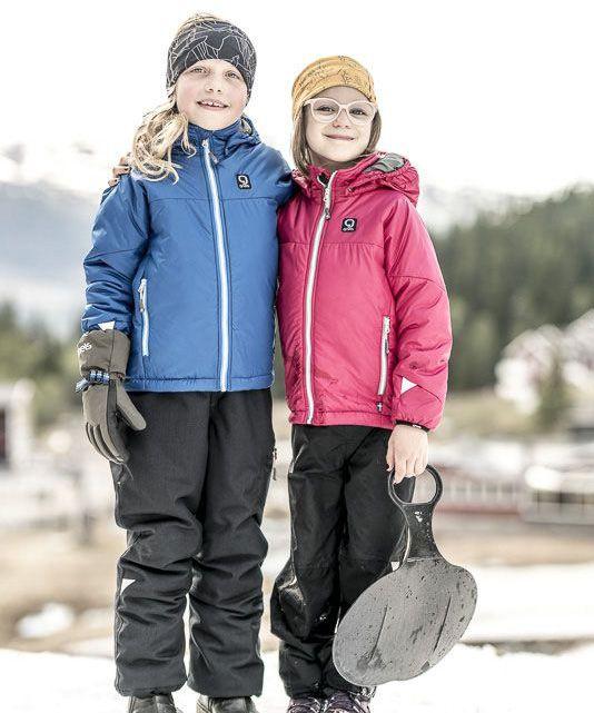 Barn i termojacka