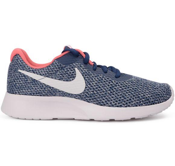 Nike Tanjun SE Dam