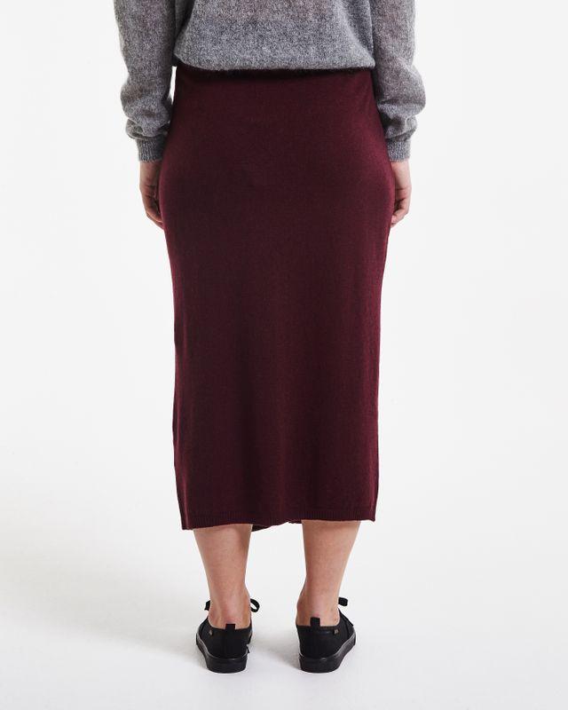 Meja Skirt
