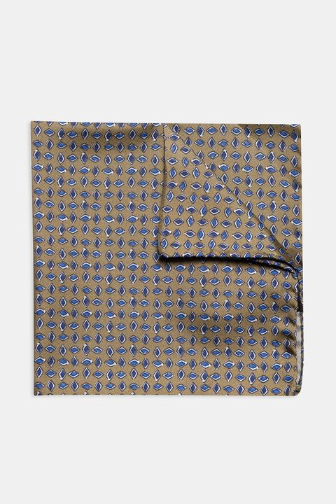 Micro patterned silk handkerchief