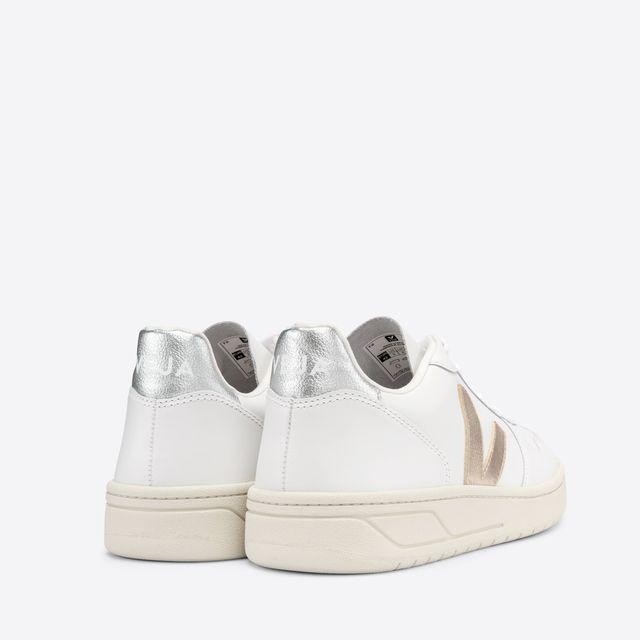 Veja V-10 sneakers i skinn, dame